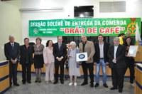 Câmara homenageia pioneira com a Comenda Grão de Café