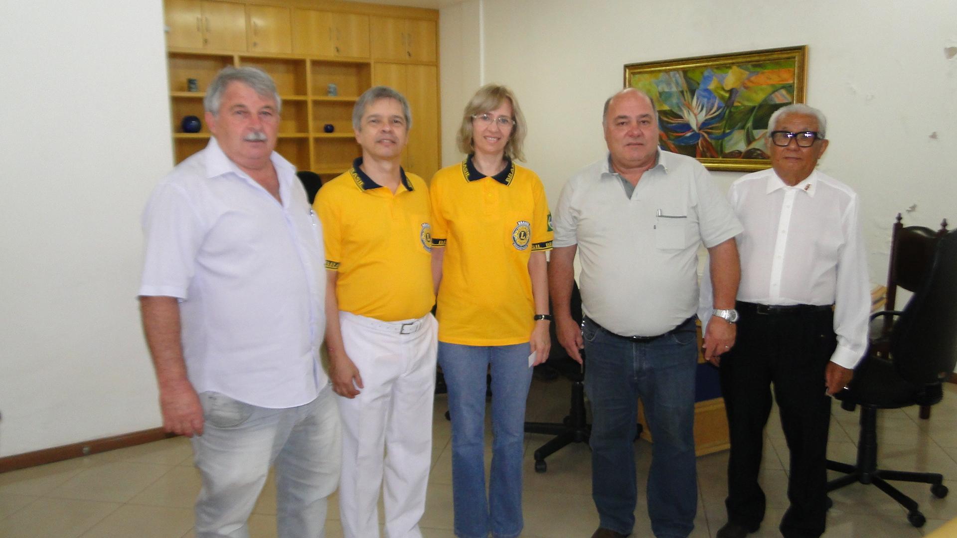 Governador do Lions visita Câmara