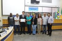 Mateus Oliveira de Castro recebe Moção Honrosa na Câmara Municipal de Cambé