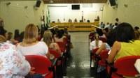 Palestra na Câmara aborda  abusos históricos contra mulheres e conquistas alcançadas