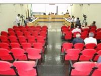 Requerimentos e ofícios apresentados pelos Vereadores na sessão ordinária do dia 04/11/2013