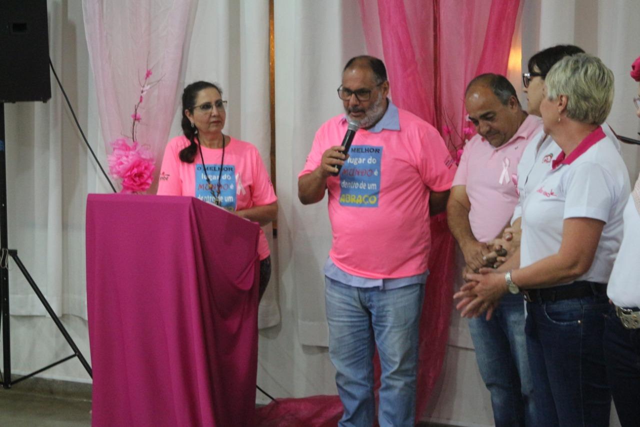 Vereador Berro representa Câmara na abertura do Outubro Rosa em Cambé